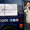 Michele Bachmann: Una republicana evangélica gana las primarias oficiosas de su partido en Iowa