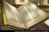 Burgos expone de forma gratuita la única Biblia Gutenberg completa en España