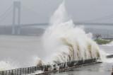 Huracán en EEUU: La supertormenta Sandy mueve al país a la oración