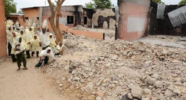 Queman Cristianos en Nigeria 2012 Barrio Cristiano Sembrando